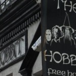 The Hobbit: Pub (David) vs. Hollywood (Goliath)