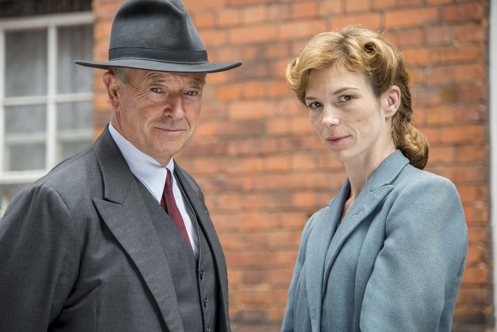 Michael Kitchen and Honeysuckle Weeks to return fo new episodes of Foyle's War