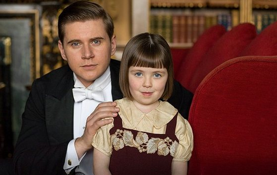 First_look_at_Downton_Abbey_s_youngest_new_cast_members