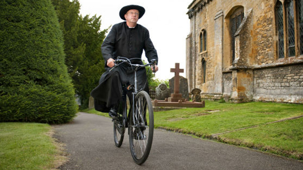 Father Brown to make cobblestone streets of Kembleford safe in 2015