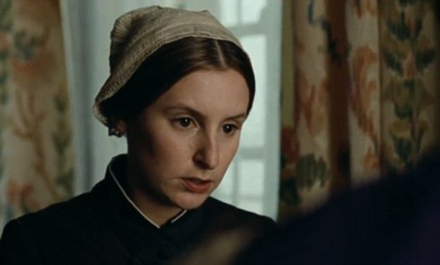 Downton Abbey's Lady Edith heads downstairs in 'Madame Bovary'