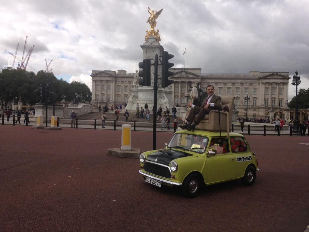Mr. Bean at Buckingham Palace for his 25th birthday