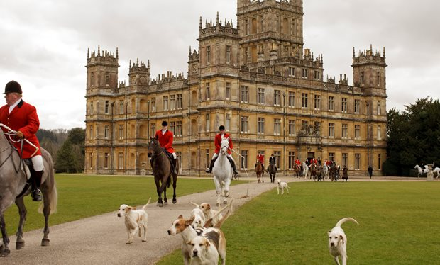 The_Crawleys_will_open_Downton_Abbey_to_the_public_in_series_six