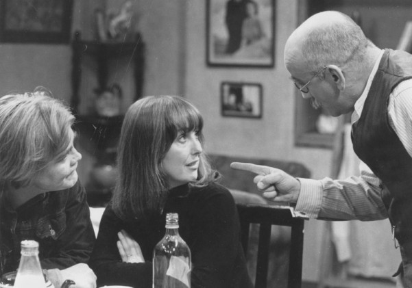 Till Death Us Do Part's Warren Mitchell dies at 89