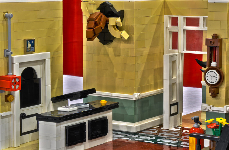 fawlty-towers-lego-2