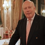 Sir Julian Fellowes thanks fans of 'Downton Abbey'. Shouldn't we be thanking him?
