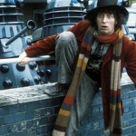 A professional knitted Tom Baker's multi-colored scarf – now you can try this at home!