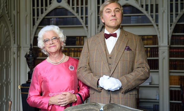 harry-enfield-as-queen-elizabeth-in-david-walliams-who-does-one-think-one-is