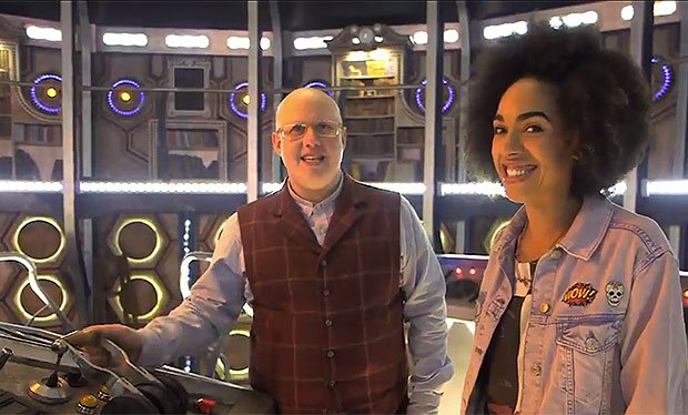 Piloting the Tardis 101 with Bill and Nardole