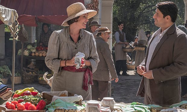 'The Durrells' go to market in Corfu for S2
