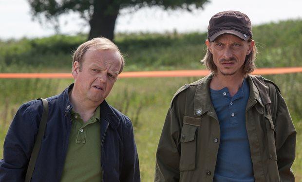 'Detectorists' digs up a BAFTA for Toby Jones!