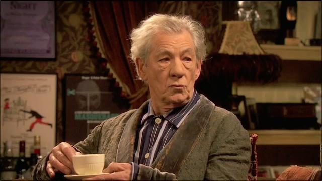 Sir Ian McKellen schools Ricky Gervais in 'Acting 101'
