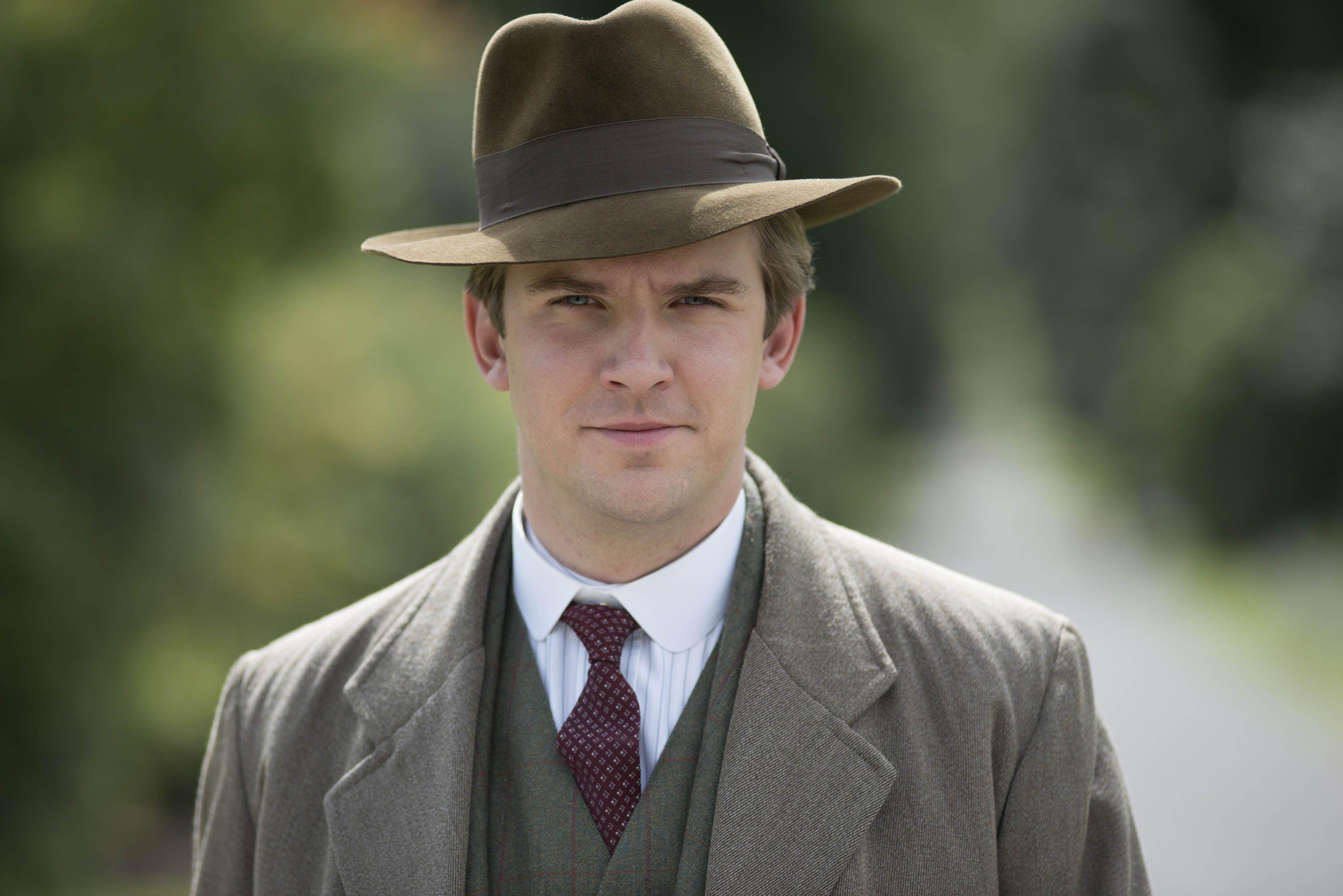 Dan Stevens as Matthew Crawley