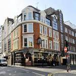 Monty Python inadvertently causes Pub evacuation