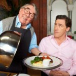 Ronnie Corbett shows off culinary skills in new series