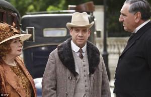 Shirley MacLaine and Paul Giamatti arrive at Downton