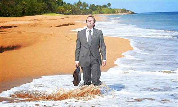 Ben-Miller-in-Death-in-Paradise