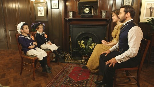 Little Ant and Dec visit the set of Mr. Selfridge
