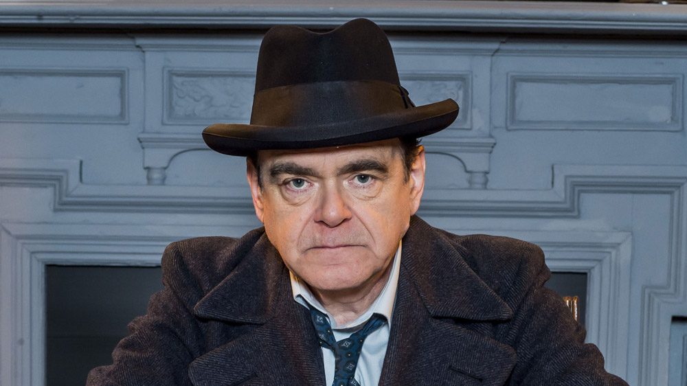Programme Name: Lost Sitcoms - TX: n/a - Episode: n/a (No. 2) - Picture Shows: Tony Hancock (KEVIN MCNALLY) - (C) BBC - Photographer: Alan Peebles