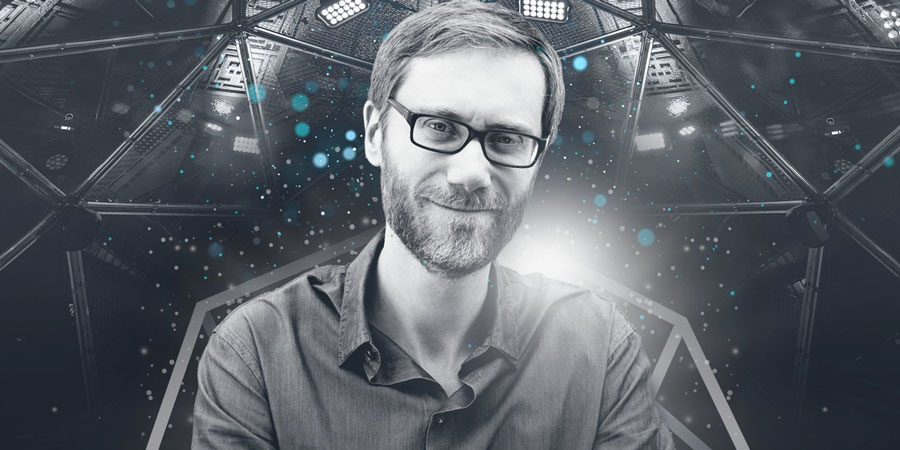stephen merchant to host crystal maze one off
